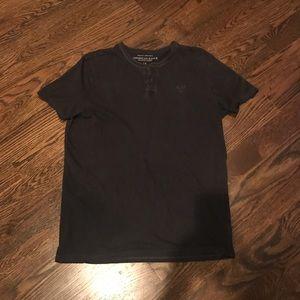 AE logo slub henley t-shirt size L
